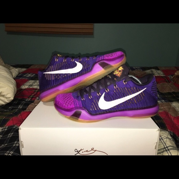 pretty nice 369bb 6c82c Nike Kobe 10 Elite Low Size 10.5 Draft Pick. M 5ab6c8031dffda708cb665d2